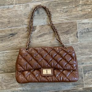 Vintage brown quilted handbag
